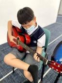 Guitar-007
